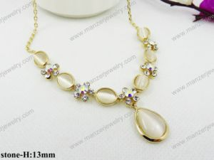 China Wholesale Cat′s Eye Stone Fashion Statement Necklace Jewelry