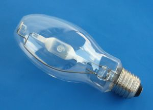 150W Elliptical Metal Halide Lamp Oval E27/E40 pictures & photos