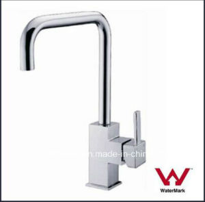 Watermark Sanitary Ware Round Neck Brass Chrome Kitchen Tap (HD4239) pictures & photos