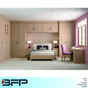 Wooden Bedroom Wardrobes Home Furniture Set pictures & photos