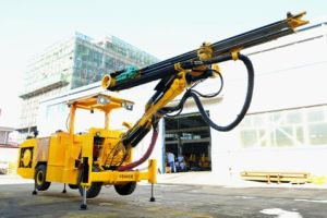 Gp82 Hydraulic Drilling Jumbo Double Tie Feeder pictures & photos