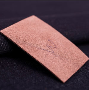 Jeans Leather Labels for Clothing in Garment Labels pictures & photos
