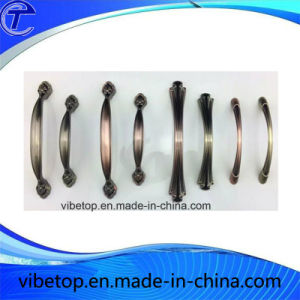 Zinc Alloy Door Handle Factory Price pictures & photos