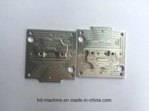 Custom High Precisoin Machining/Milling/Turning/Bending Parts (Stainless Steel, iron, brass, alum alloy) pictures & photos