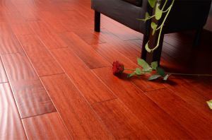 Wear-Resistant Solid Wood Flooring pictures & photos
