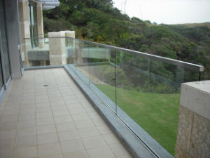 Baclony Glass Fence System with Square Handrail pictures & photos