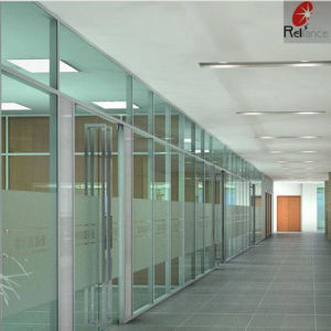 Low Iron Clear Building Glass High Quality Clear Float Glass pictures & photos