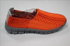 Latest Low Price Men′s Casual Shoes pictures & photos