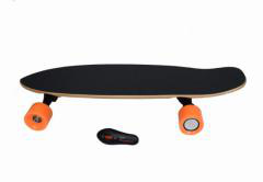 2016 Best Selling Maple Electric Skateboard pictures & photos
