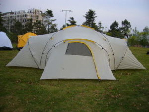 Family Tent for 6-10 Person with 3-Bedroom and a Porch pictures & photos
