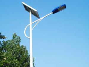 Haochang Fashionable Solar Street Light with Light Pole pictures & photos