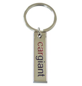 Custom Personalized Souvenir Crystal Fashion Metal Keychain for Promotion Gift pictures & photos