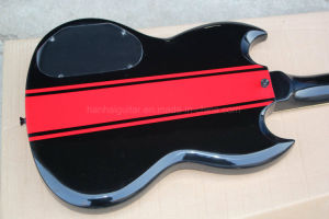 Hanhai Music/Black Sg Style Electric Guitar with Red Stripe Pattern pictures & photos