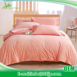 Eco Friendly Cotton Red and Black Bedding for Dorm pictures & photos