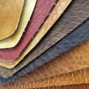 Professional Various Oily and Waxy PU PVC Synthetic Leather for Car Seat pictures & photos