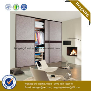 High Quality Luxury Wooden Bedroom Furniture Wardrobe Walk-in Closet (HX-LC2241) pictures & photos