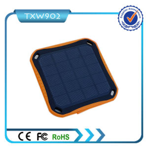 2016 New Model High Capacity Portable Solar Power Bank 5600mAh Solar Charger pictures & photos