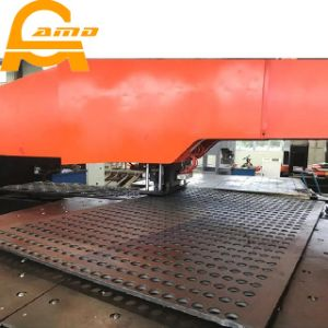Steel Sheet CNC Turret Punching Machine for Press Punch Machine pictures & photos