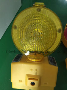 Construction Warning Solar LED Barricade Light pictures & photos
