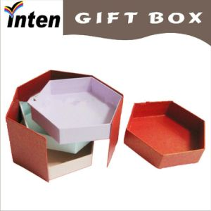 2015 Red Round Hat Box/Round Cardboard Gift Box/Cardboard Hat Box pictures & photos