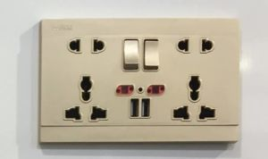 2 Gang Universal 5 Pin Switched Socket with Dual USB Outlet pictures & photos