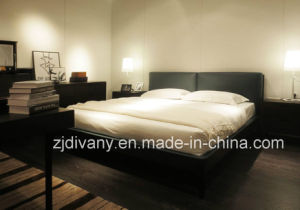 2015 Latest Modern Solid Wood Leather Bed (A-B40) pictures & photos