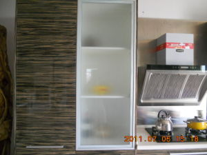 Natural Wood Veneer Pantry Cabinets with Quartz Stone pictures & photos