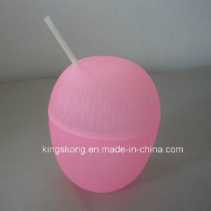 New Product 500 Ml Plastic Coconut Cup with Straw pictures & photos