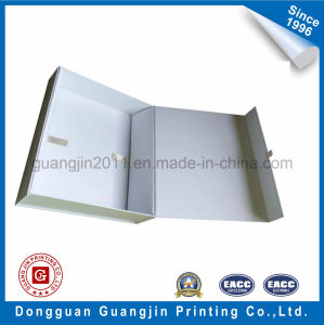 High Quality Paper Rigid Cardboard Foldable Gift Box pictures & photos