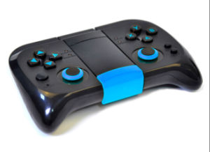 for iPhone/iPad/Samsung/Android Tablet PC/ TV Box Bluetooth Gamepad pictures & photos