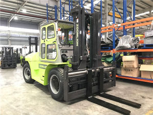 Heavy Load 10 Tons Diesel Forklift with Isuzu Engine pictures & photos