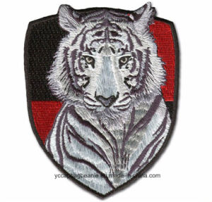 High Quality Custom Embroidery Badge pictures & photos