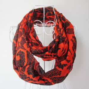 Lady Fashion Python Veins Printed Polyester Chiffon Infinity Scarf (YKY1097) pictures & photos