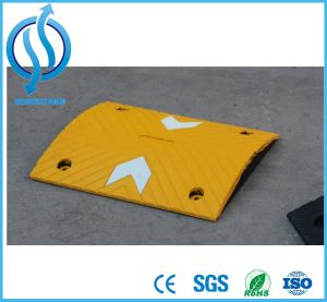 Arrow Speed Hump with Yellow EPDM Coated&Bead Tape Bonded pictures & photos