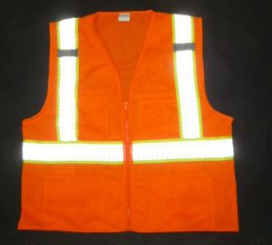 Hot Sale Hi Visibility Safety Vest with Strip Tape (DFJ1601) pictures & photos