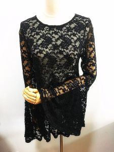 Fashion Lace T-Shirt Flare Sleeve Fashionable Women Clothing pictures & photos