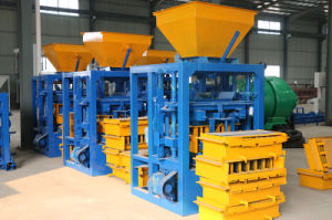 Multifuncation Qt4-24 Manual Block Moulding Machinery for Sierra Leone pictures & photos