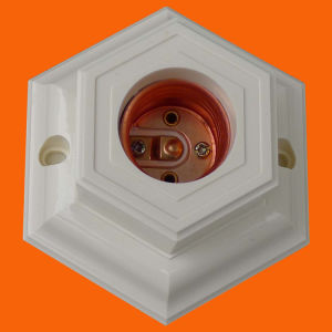 Indonesia Type Bakelite Lamp Holder (H5079) pictures & photos