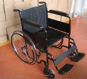 Functional Manual Weelchair for Use in Hospitals or Homes pictures & photos