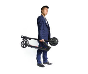 8inch 11.5kg 350W Black Lightweight Folding Mobility Scooter pictures & photos