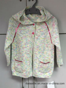 Girls Rainbow Yarn Raglan - True Knitted Hooded Cardigan pictures & photos