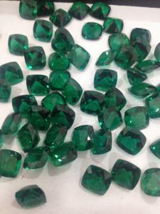 Russian Lab Created Emerald Wholesale pictures & photos