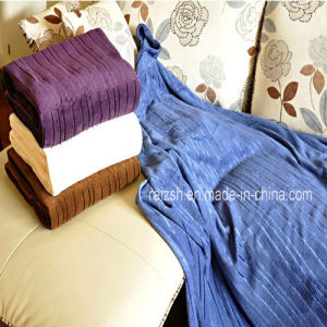 Polyester Striped Embossed Mirco Fleece Blanket Factory China pictures & photos