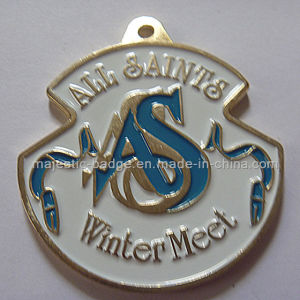 Customized Raised Letters Medallion and Cut to Shape (plating gold&soft enamel) pictures & photos