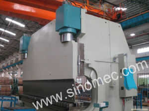 Automatic CNC Hydraulic Bending Machine/Press Brake (WE67K-1500T/5000) pictures & photos
