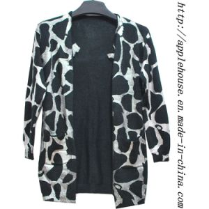 Ladie′s Panther Print Cardigan Sweater