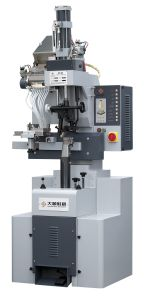 Full-Automatic Pneumatic Heel Nailing Machine pictures & photos