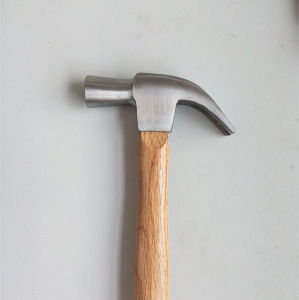 27mm British Type Wooden Handle Claw Hammer