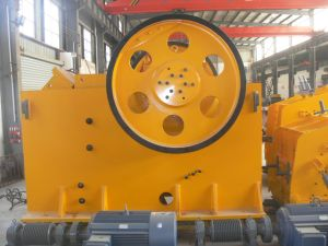 China Capacity 780 T/H Stone New Jaw Crusher for Mining pictures & photos