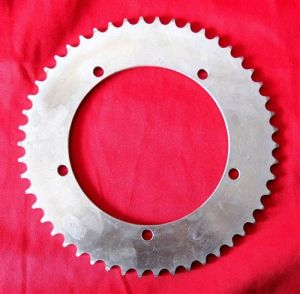 Transimmion-Motorcycle Sprocket and Chain pictures & photos